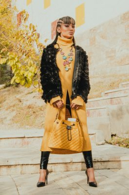 yo-styling - fashion model in yellow dress 2