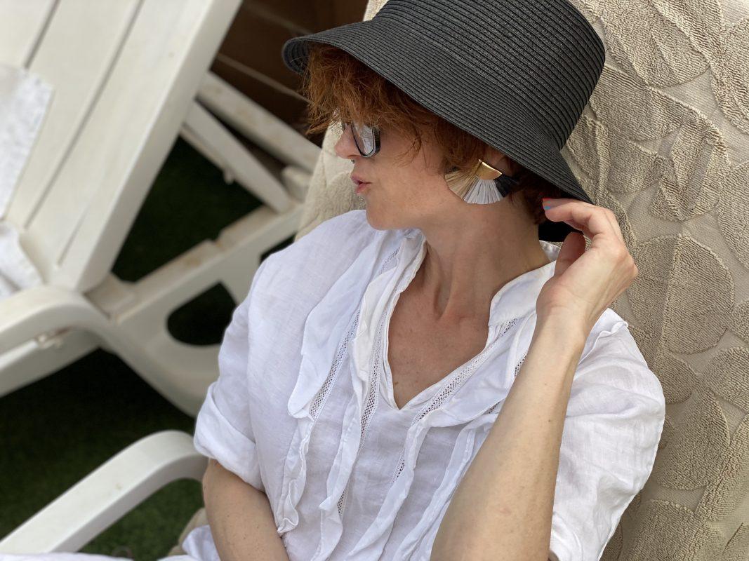 ללבוש לבן